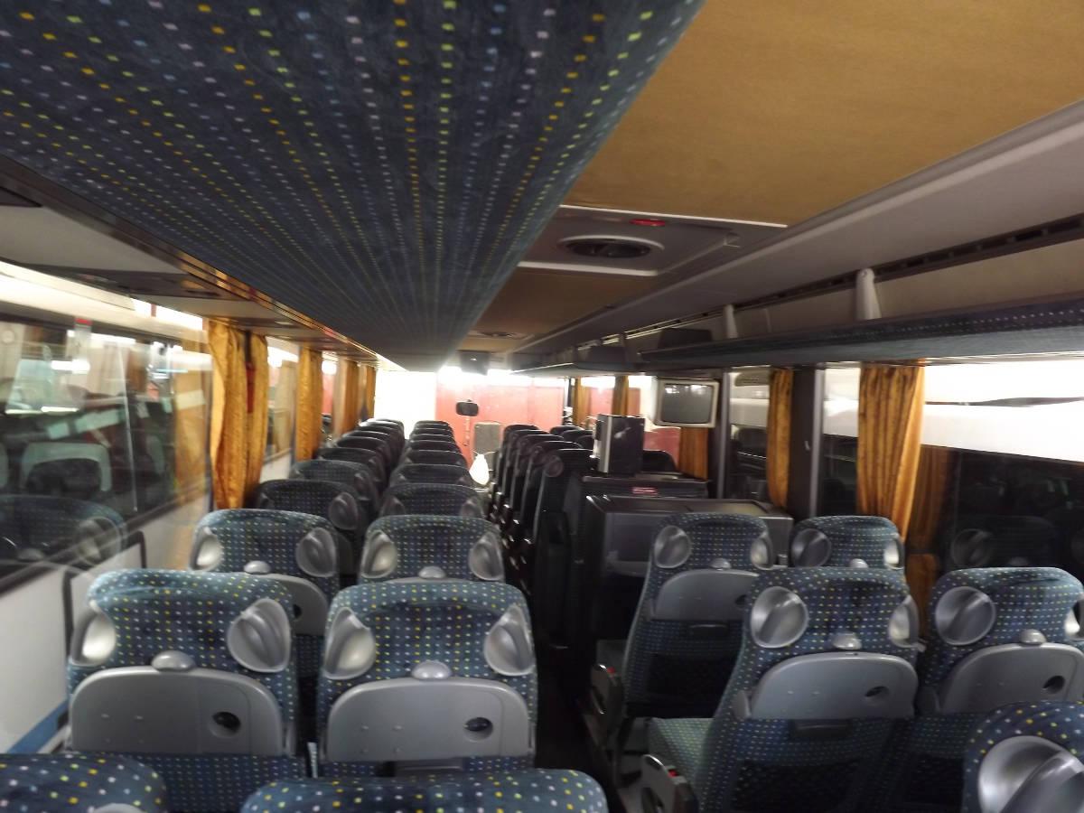 pullman per viaggi terza eta e scuole